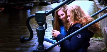 Mel Wallis de Vries video Verstrikt