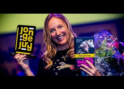 Mel wint Prijs van de JOnge Jury met Pijn